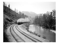 Northern Pacific Train in Yakima Canyon, 1915