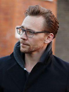 Tom Hiddleston via HiddlesEyeCandy source Torilla