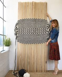 The big one! Here's last week's piece finished just in time for 250 feet of Tough Love yarn + 29 dowels + all the muscle power I could muster. So excited to see how this technique scales! Weaving Textiles, Weaving Art, Weaving Patterns, Tapestry Weaving, Loom Weaving, Hand Weaving, Tapetes Diy, Textile Fiber Art, Sculpture Textile