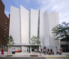 Bronx  Museum of the arts, design by  Arquitectonica