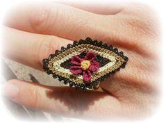 anello regolabile in seta con fiori - silk flower ring www.maisoncaprice.it