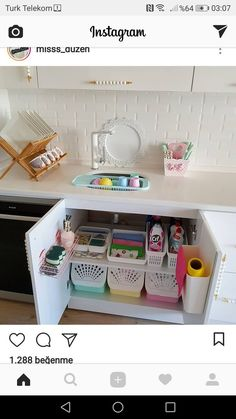 Ideas Pantry Organization Drawers Kitchen Sinks For 2019 Kitchen Drawer Organization, Home Organisation, Bedroom Organization, Small Space Interior Design, Interior Design Living Room, Ideas Para Organizar, Küchen Design, Kitchen Decor, Kitchen Sinks