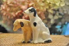 Two Dogs Vintage Salt & Pepper Lab or by StarfishCollectibles, $7.00