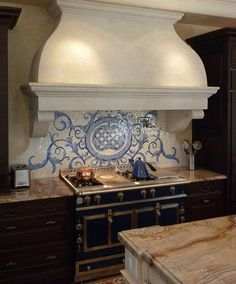 Acanthus, a hand cut jewel glass mosaic shown here in a custom kitchen backsplash using Quartz, Lapis Lazuli, Blue Spinel and Mica, is part of the Delft Collection by Sara Baldwin for New Ravenna Mosaics. Beadboard Backsplash, Mosaic Backsplash, Herringbone Backsplash, Kitchen Backsplash, Kitchen Mosaic, Travertine Backsplash, Granite Kitchen, Backsplash Ideas, Ravenna Mosaics