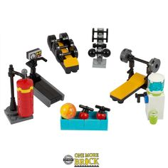 LEGO Gym set - Inc treadmill, weight bench, water cooler, 122 pieces Lego Design, Lego Friends, Lego Robot, Lego Lego, Lego Batman, Batman Logo, Lego Star, Lego Furniture, Minecraft Furniture