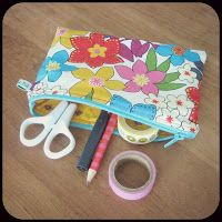 Zipper Pouch - sewing class - By MiekK Sewing Lessons, Sewing Hacks, Sewing Tutorials, Sewing Crafts, Sewing Projects, Sewing Patterns, Sewing Tips, Sewing Ideas, Sewing Case