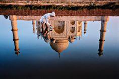 Steve McCurry INDIA. Uttar Pradesh. Agra. 1999. Taj Mahal Reflection. http://www.magnumphotos.com/C.aspx?VP3=SearchResult