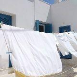 Raviver le Blanc de mon Linge ajouter du bicarbonate de soude dans le bac à lessive Source : Comment-Economiser.fr   http://www.comment-economiser.fr/bicarbonate-de-soude-blanchir-le-linge.html