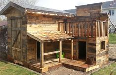 Don't forget the kids! This is an awesome fort/playhouse for the kids made mostly of pallets. It has a nice covered porch and a cool balcony. This design could be modified for a really neat cabin for adults too.  above via Prepperology.netNot Everyone Can Afford To BUY A House; 20 DIY Pallet Shelter Designs