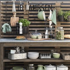 The unique universe of IB LAURSEN. IB LAURSEN is ready to serve you - with more than 3000 items, we have a large range of products suitable for the livingroom, the kitchen, the bathroom, the garden, and many other things. The collections: the items in our Spring/Summer…