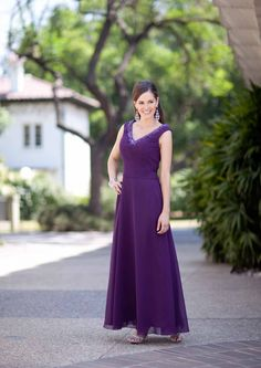 2015 V-neck Purple Sleeveless Chiffon Floor Length Ruched Mother of the Bride Dresses Avanti MBD7853
