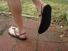 Tarahumara inspired recycled tire sandals - Simple Tutorial in General Primitive Skills Discussion Forum.
