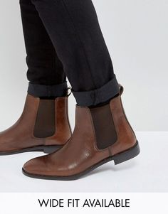 ASOS Chelsea Boots in Leather - Wide Fit Available - Brown