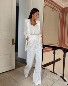 White Outfits For Women, Party Outfits For Women, All White Outfit, Clothes For Women, Latest Fashion For Women, Womens Fashion, Fashion Fall, Curvy Fashion, Fashion Trends
