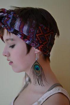 Eyes, Girl, Feather earrings, Short Hair, Eyebrow piercing, Hair, Gaze, Lips, Photography, DTPhotography