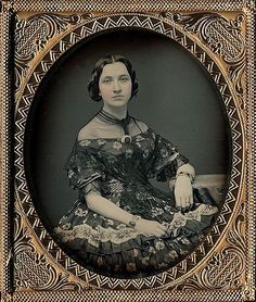 +~+~ Antique Photograph ~+~+ Daguerreotype of stunning woman in an amazing dress. It's amazing how clear and bright this portrait is too. Victorian Photos, Antique Photos, Vintage Pictures, Vintage Photographs, Old Pictures, Victorian Fashion, Vintage Images, Old Photos, Victorian Era