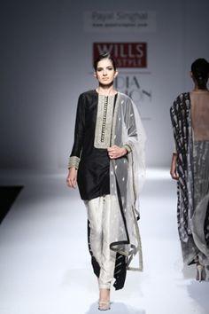 Wills Lifestyle India Fashion Week Spring/Summer 2015 Pakistani Couture, Indian Couture, Pakistani Outfits, Indian Outfits, Emo Outfits, Ethnic Fashion, Asian Fashion, Women's Fashion, Bridal Fashion