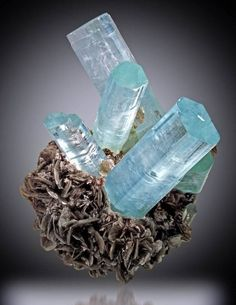 You Won't Believe This 29 Mineral Specimens Can Be Found On Earth. So Strikingly Stunning!