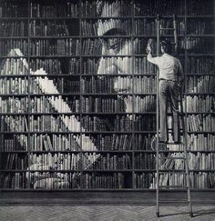 Funny pictures about Reading books within books. Oh, and cool pics about Reading books within books. Also, Reading books within books photos. I Love Books, Books To Read, My Books, Reading Books, Reading Library, Idea Books, Face Reading, Book Art, Lectures