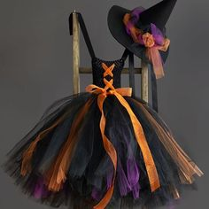 Even a little witch should be wearing a tutu. Find the tutorial and hat pattern on our site.