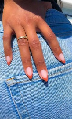 Pin by Diana Pin by Diana ,Nageldesign – Nail Art – Nagellack – Nail Polish – Nailart – Nails Halloween Manicures You Need to See and Try Related Light Pink Nail Designs. Aycrlic Nails, Hair And Nails, Coffin Nails, Glitter Nails, Soft Pink Nails, Pink Tip Nails, Colored Tip Nails, Two Color Nails, Different Color Nails