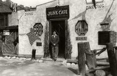 The Chinese Junk Cafe once existed at 733 N. Main. This particular entrance was located just inside the entrance to Christine Sperling's China City. Photo was probably taken in the 1940s. (Bizarre Los Angeles)