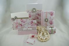 idea to make your own vintage style wedding stationery and invitations - use stippled blossoms