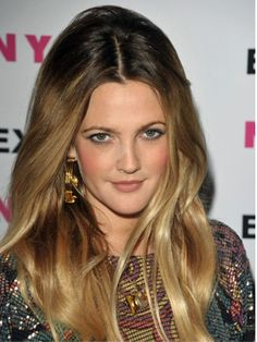 DIY ombre hair (originally spotted by ) Diy Ombre Hair, Ombre Hair Color, Ombré Hair Caramel, Ombre Blond, Dark Ombre, Natural Hair Styles, Short Hair Styles, Ombre Highlights, Great Hair