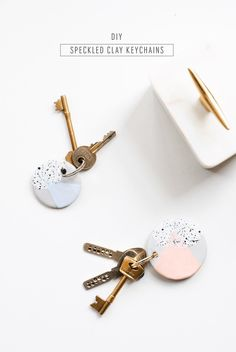 The cutest DIY speckled keychain tutorial to give your keys a colorful makeover