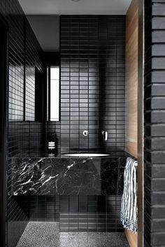 Modern Home Decor Interior Design Decor Interior Design, Interior Decorating, Interior Lighting, All White Room, Black Walls, Black Brick, Home Decor Trends, Modern Bathroom, Contemporary Bathrooms