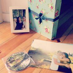 DVD, photos and frame packaging | Adriana Morais Fotografia http://www.adrianamoraisfotografia.com/