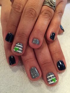 My new subtle Seahawks nails