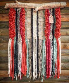 Un favorito personal de mi tienda de Etsy (null) #woven #wall #hanging #telar #hechoamano #madeinchile #telaresyflecos #weaving #wovenwallhanging #wallhanging