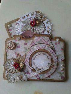 Afbeeldingsresultaat voor dutch doobadoo kaarten Elizabeth Craft Designs, Art N Craft, Stencil Diy, Get Well Cards, Mini Albums, Cardmaking, Shabby Chic, Paper Crafts, Make It Yourself