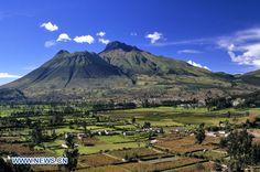 volcan imbabura - Buscar con Google Ecuador, Homeland, Mount Rainier, Places Ive Been, Earth, Google, Nature, Travel, Beautiful