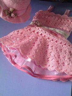 vestido y sombrero todo a crochet, sobre pedido inbox Lace Shorts, People, How To Make, Women, Fashion, Sombreros, Dresses For Girls, Moda, Women's
