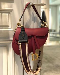 Christian Dior saddle bag – Purses And Handbags Totes Dior Handbags, Fashion Handbags, Purses And Handbags, Fashion Bags, Cheap Handbags, Handbags Online, Fashion Fashion, Dior Purses, Spring Handbags