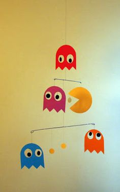 Love me some Pac-man. Pac-man as well Diy Paper, Paper Crafts, Diy Crafts, Mobiles Art, Craft Tutorials, Craft Projects, Homemade Mobile, Paper Mobile, Manualidades Halloween