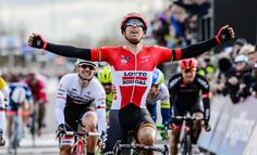 Jens Debusschere é o vencedor da Dwars door Vlaanderen