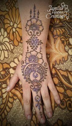 Moroccan flower moon henna  www.jamilahhennacreations.com