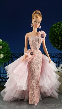 barbie doll gowns ..insidethefashiondollstudio. 12 28 5