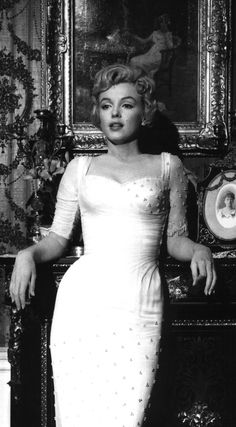 """Marilyn Monroe in """"The Prince and the Showgirl"""" 1957"""