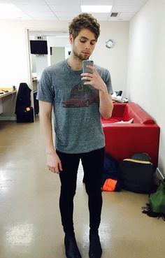 My sister says that Luke is starting to look like a hobo because he won't shave. She now calls him hobo instead of Luke