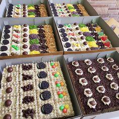 Selamat pagi IGF 😘  Cake potong uk24 dan uk20(paling bawah) kemarin yg bs difoto,ada 10 cake potong dan 2 chiffon yah... Makasih yah 😍  Order hanya melalui WA 085276766565 . . . .  #homemade#madebyorder#sancakery#hobbybaking Bolu Cake, Petit Cake, Rich Cake, Cake Decorating With Fondant, Egg Tart, Berry Cake, Cooking Cake, Birthday Desserts, Cake Business