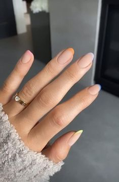Cute pastel nails kylie jenner story nails pastel and color full with different fingers Summer Acrylic Nails, Best Acrylic Nails, Pastel Nails, White Summer Nails, Aycrlic Nails, Nail Manicure, Hair And Nails, Manicure Ideas, Coffin Nails