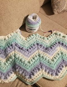 Hugs & Kisses Baby Blanket - Free pattern + tutorial! #crochetlove #freepattern