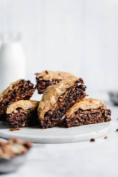Chocolate Hazelnut Baklava soaked in a cocoa nib and honey syrup. From the Sofra bakery cookbook, Soframiz! Köstliche Desserts, Delicious Desserts, Dessert Recipes, Yummy Food, Pastry Recipes, Dinner Recipes, Chocolate Baklava, Chocolate Hazelnut, Chocolate Recipes
