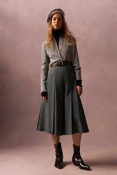 Philosophy di Lorenzo Serafini Pre-Fall 2016 - Look 12 - gray pleated wool skirt, black turtleneck, gray pink-flowered button down shirt with brown grommeted belt and patent pointed boots