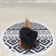 rounded beacha towel