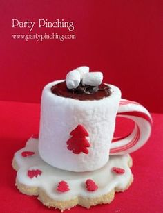 How cute is this little hot cocoa cookie? (sugar cookie, marshmallow, and candy cane)